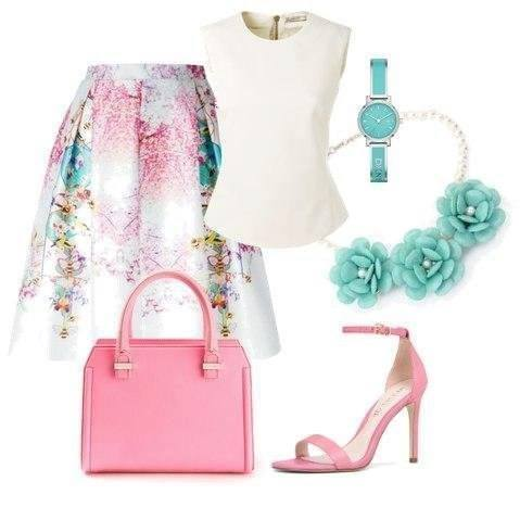romanticky outfit